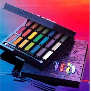 Urban Decay $100 Value! NIB Full Spectrum Palette!